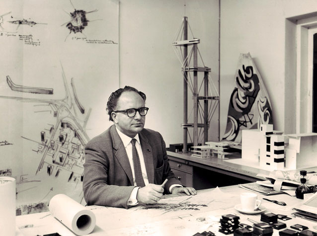 The model of the Euromast in J.B. Bakema's office, 1960